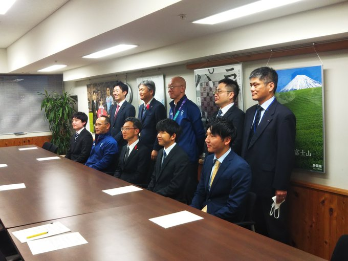全国都道府県対抗eスポーツ選手権2020 KAGOSHIMA 静岡県庁表敬訪問の写真1